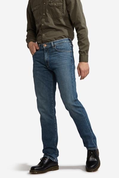 Классические джинсы Wrangler из плотного денима W120 2125B