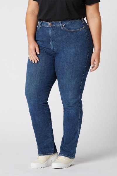 Женские джинсы Wrangler больших размеров