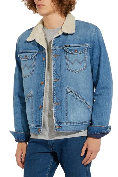 Джинсовая куртка Wrangler на меху W4MSUG10K