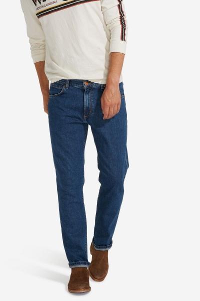 Джинсы Wrangler Greensboro W15Q23090 синего цвета