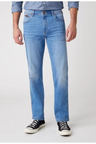 Летние облегченные джинсы Wrangler W121C788W